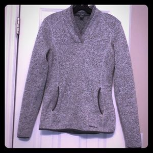 Beautiful outdoorsy sweater. Like new size S